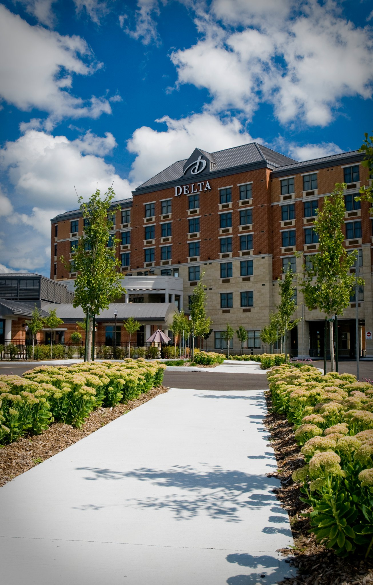 Delta Guelph Hotel and Conference Centre logo